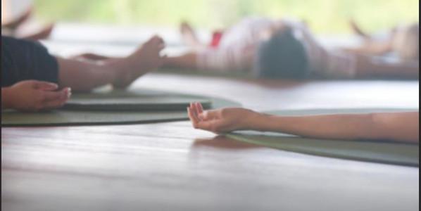 Nouveaux horaires à la rentré, le cours de yoga nidrâ sera le mardi à 17h45, suivi d'ashtanga yoga à 18h45